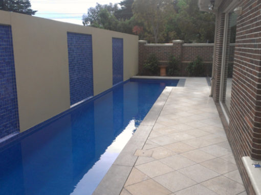 Waterline pool tiles – Ashburton