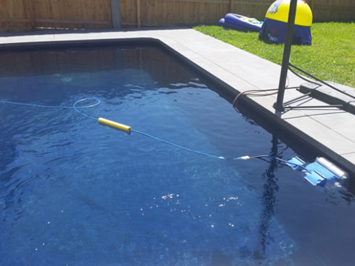 Tiling a rendered pool – Mt Waverley