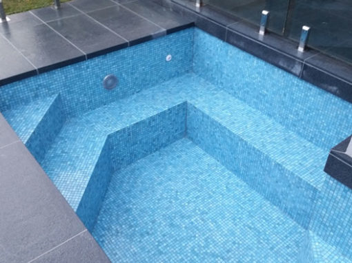 Tiling new pool – Beaumaris